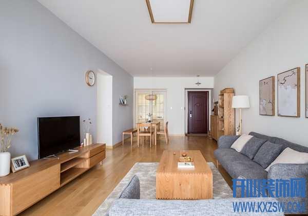 深色地板如何选家具颜色?地板和家具的实用配色小技巧,记住这几点不会错