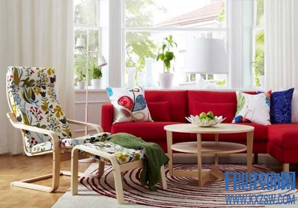 红色家具与窗帘的完美调和,张扬艳丽下的低调