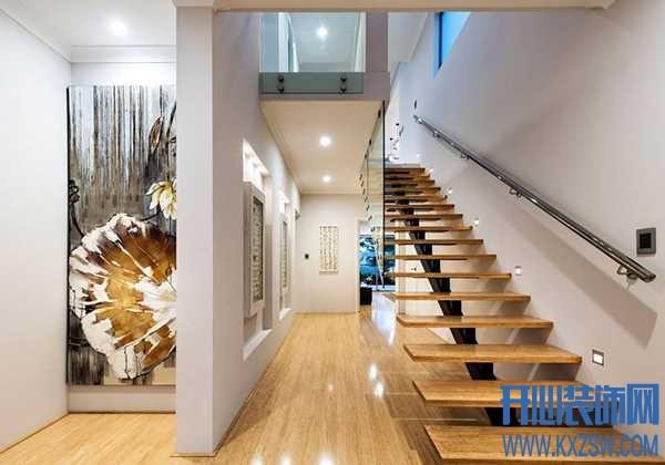 复式楼梯该摆放在哪个方位合适?什么样的住宅楼梯结构最好?