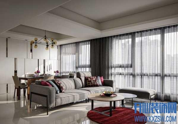 印上奶奶灰的沙发,配上怎样的窗帘才能增加时尚感