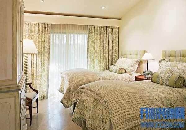 窗帘颜色与季节的相遇,迎风摇曳的舒适生活