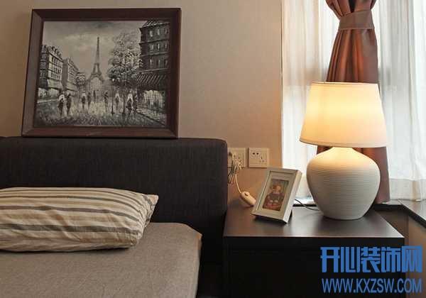 床头灯高度多少合适?卧室床头灯安装高度一般是多高