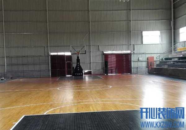枫木地板的优缺点有哪些,为何NBA篮球场都采用硬枫木地板?