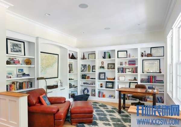 """""""书虫""""的家就该这样设计,没有一个大面积的书橱是决不罢休的"""