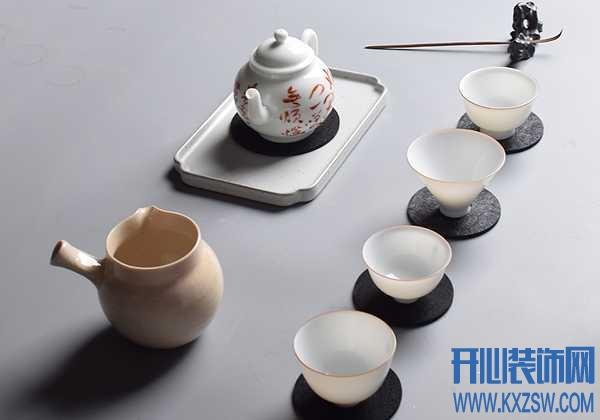 茶杯为什么要配个杯垫?运来是因为爱情