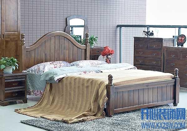 """樟木家具""""养""""不好可就毁了,名贵家具的保养技巧全在这"""