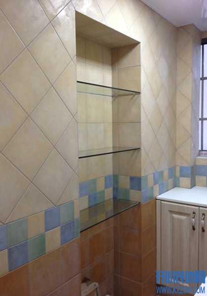 """厨房背景墙""""凹""""造型设计,在潮流空间里做饭都变得很高级"""