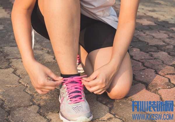 跑步鞋该怎么选择,该如何判断自己的脚型?扁平足适合什么鞋子