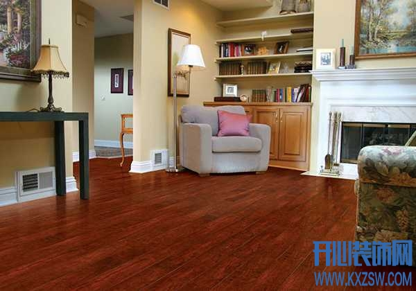 姐姐新家装了樱桃木地板,这种地板有什么特点?价格如何