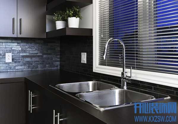 千万不要将水槽正对厨房门,这些风水禁区无形中对家人有害