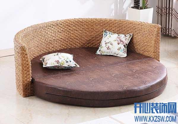 躺着看风景,只需要选个合适的阳台沙发床就行