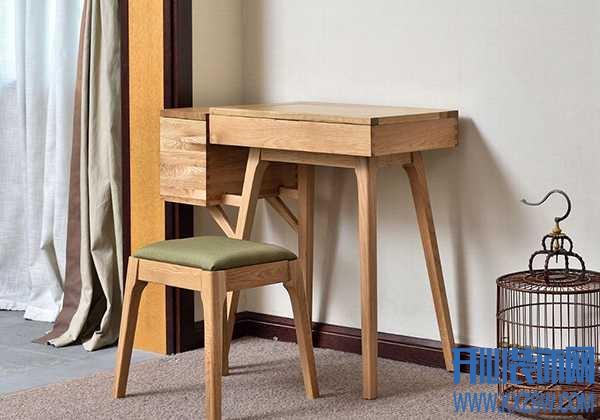 什么是硬木家具,硬木材料适合放在家里吗?是不是容易开裂呢
