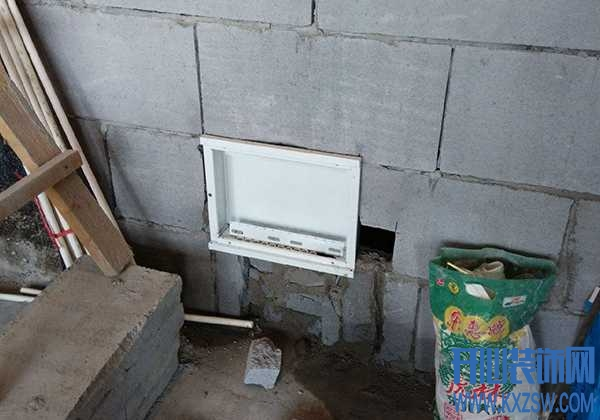 强弱电箱阻挡了玄关的柜子设计怎么办?简单移位实现空间最优化