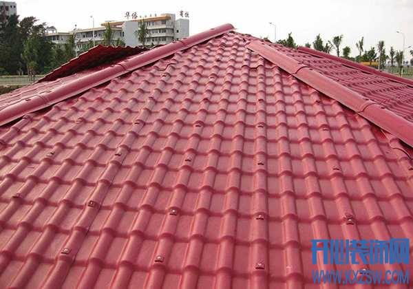 房顶装修什么瓦耐用,玻璃瓦和树脂瓦性价比哪个高?