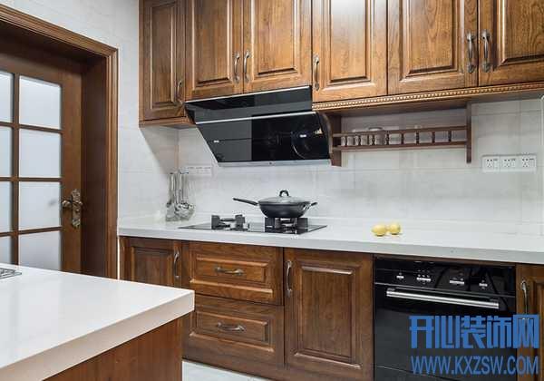厨房灶台有哪些材料?不锈钢厨房台面好不好用