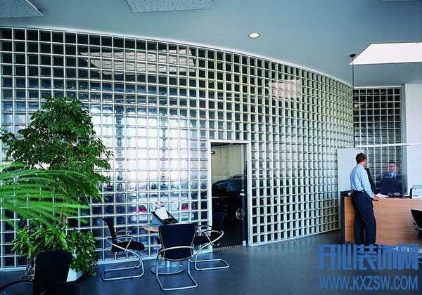 玻璃砖隔墙优缺点有哪些?玻璃砖做隔断施工注意哪些点