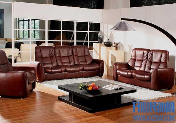 沙发材质大比拼——是皮沙发还是布艺沙发更深得你心